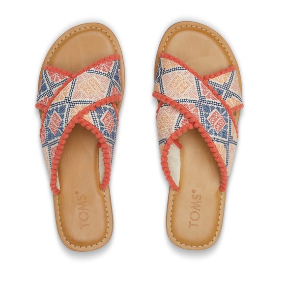 9d16e7f1a49 Toms Geo embroidered Viv Sandals
